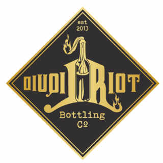 Microbrasserie logo Liquid Riot Bottling Company Portland Maine États-Unis Ulocal produit local achat local
