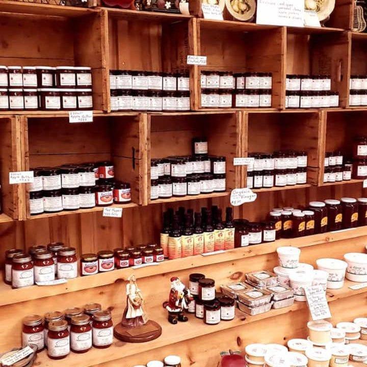 Marché de fruits et légumes boutique Smyth's Apple Orchard Iroquois Ontario Canada Ulocal produit local achat local