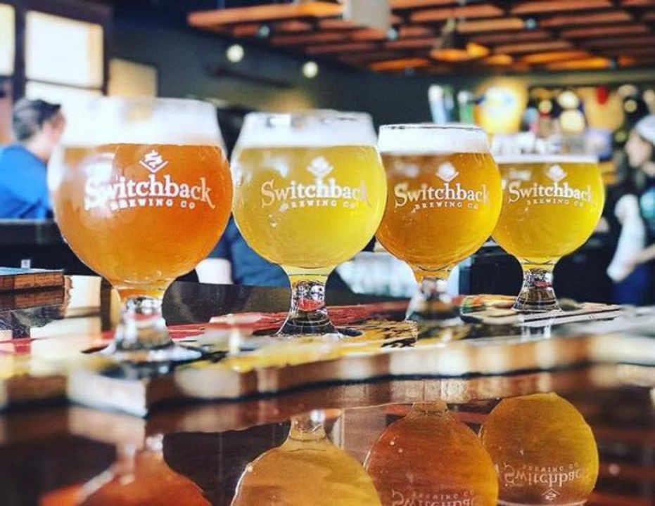 Microbrasserie verres de bière Switchback Brewing Co Burlington Vermont États-Unis Ulocal produit local achat local