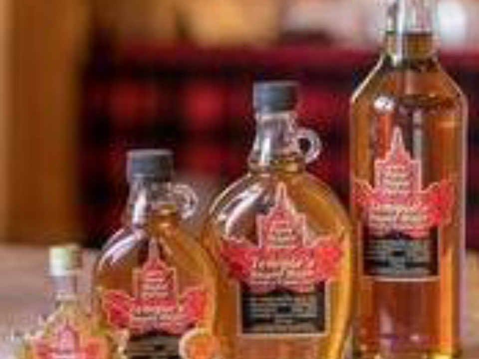 Cabane à sucre sirop d'érable Temple's Sugar Bush Lanark Ontario Canada Ulocal produit local achat local