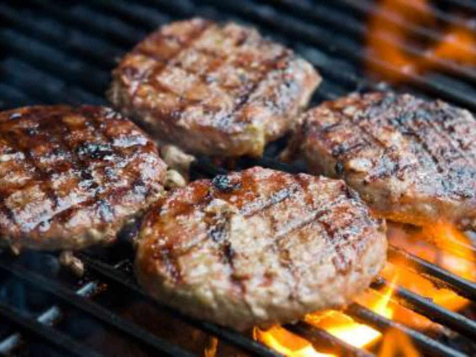 Sale of Meat red deer patties Trillium Meadows Vankleek Hill Ontario Canada Ulocal Local Product Local Purchase