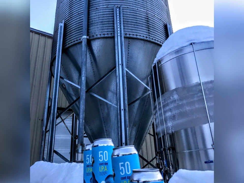 Microbrasserie canettes de bière Tuckerman Brewing Company Conway New Hampshire États-Unis Ulocal produit local achat local