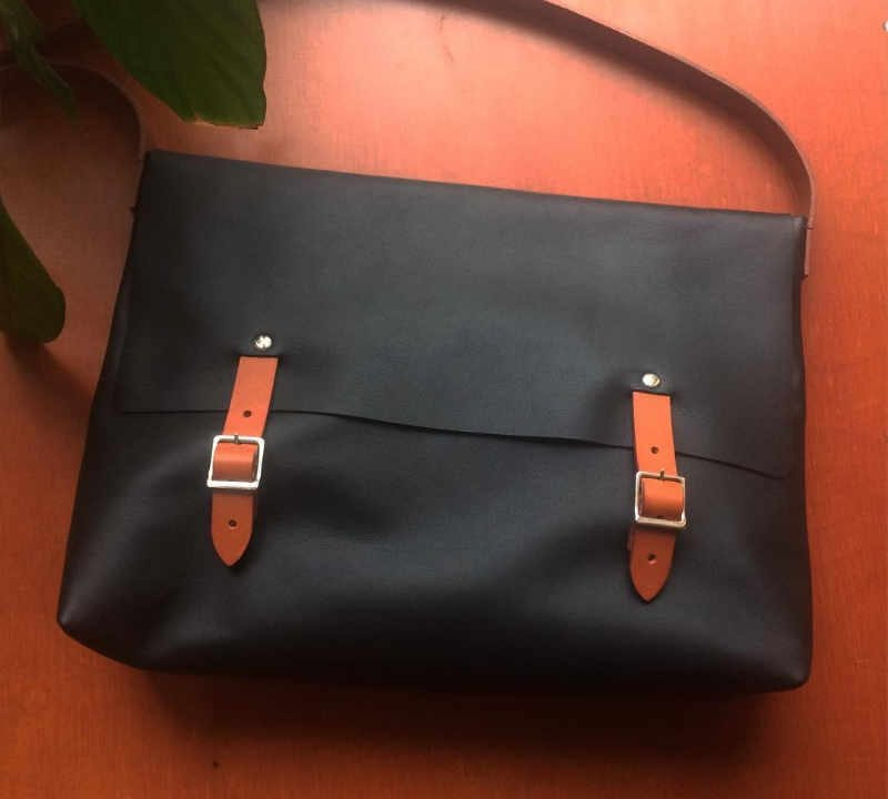 Artisans boutique bags leather belt Abacaxi Paris France Ulocal local product local purchase
