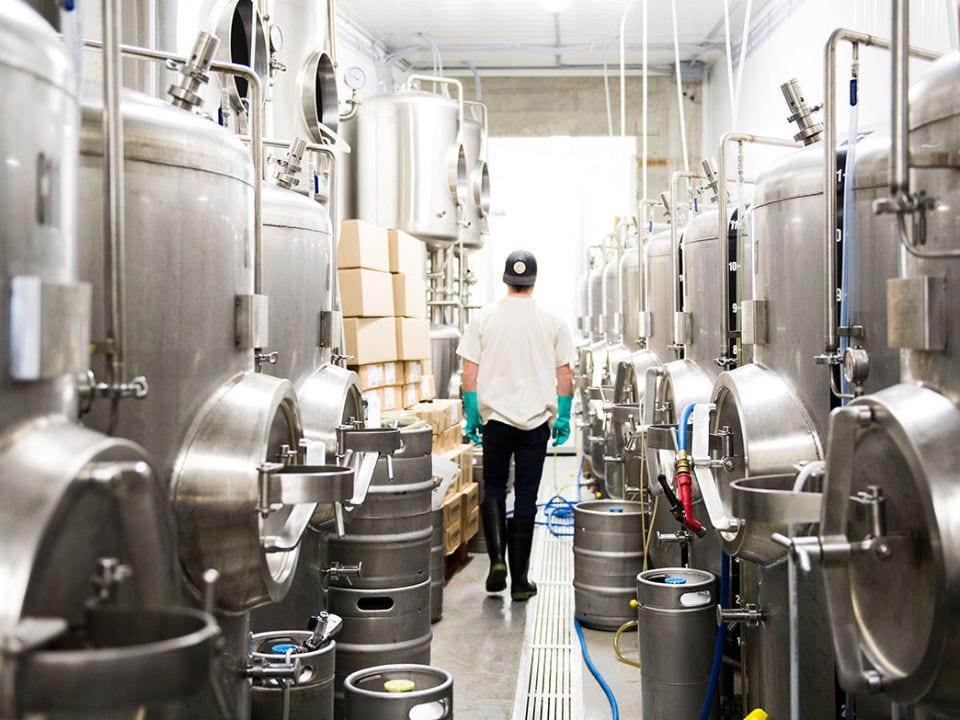 microbrasseries usine de fabrication bière artisanale en fût brassneck brewery vancouver colombie britannique canada ulocal produits locaux achat local produits du terroir locavore touriste