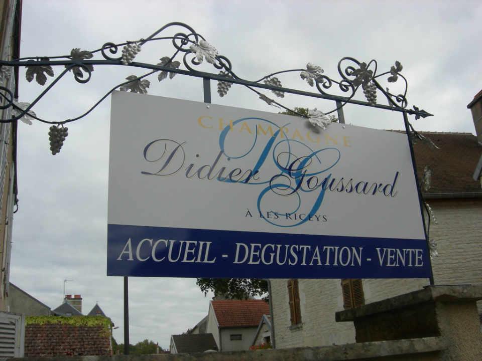 Vignoble alcool Champagne Didier Goussard Les Riceys France Ulocal produit local achat local produit du terroir
