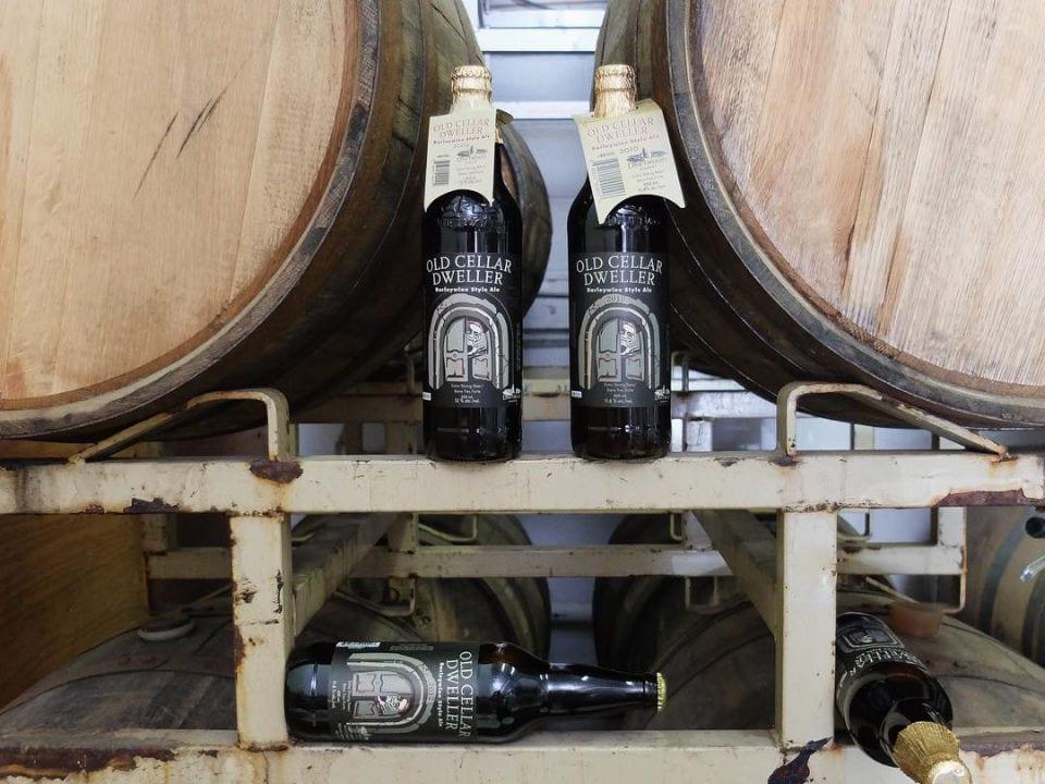microbrasseries barils de bière en fût bouteilles bière artisanale driftwood brewery victoria colombie britannique canada ulocal produits locaux achat local produits du terroir locavore touriste
