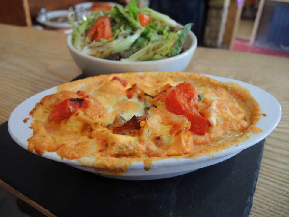 Local restaurant Le Bruit Qui Court Chambery France Ulocal local product local purchase
