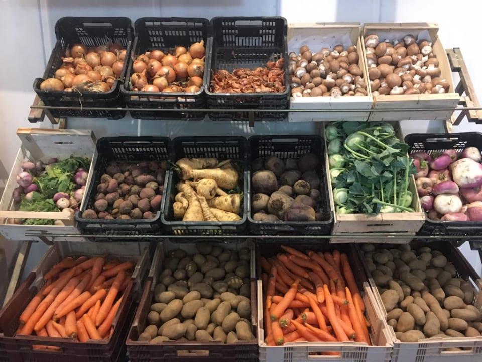 Marché de fruits et légumes biologiques Les Jardins du Clérigo Theix Brittany France Ulocal produit local achat local