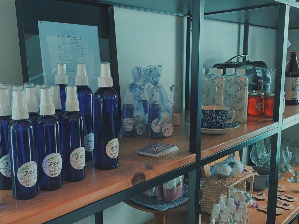 microbrasseries ferme familiale produits lavande boutique meander river farm and brewery Ashdale nouvelle-écosse canada ulocal produits locaux achat local produits du terroir locavore touriste