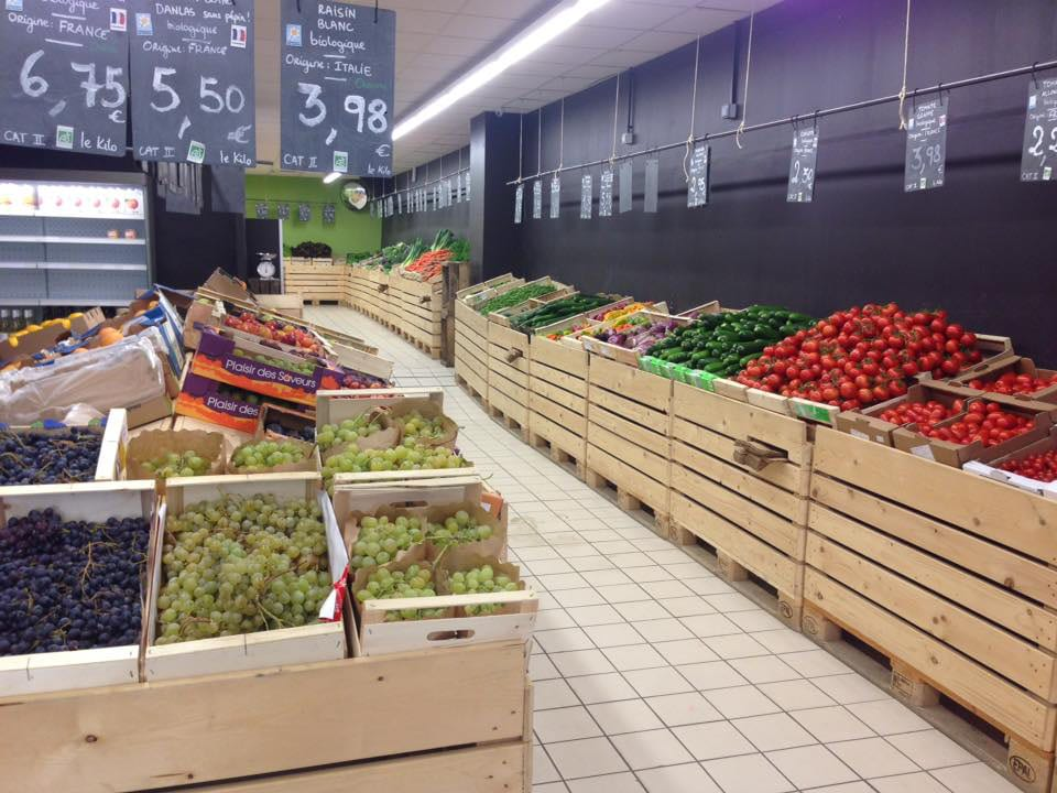 Organic fruit and vegetable market Naturenville Levallois-Perret Île-de-France Ulocal local product local purchase local product