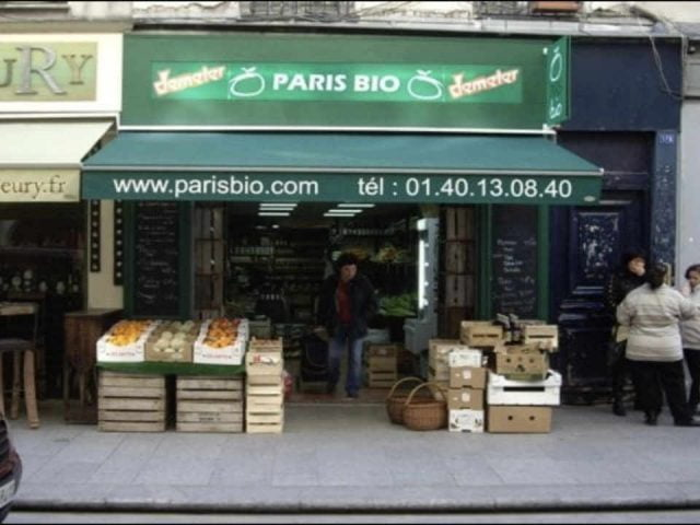 Organic fruit and vegetable market Paris Bio 2e Paris France Ulocal local product local purchase