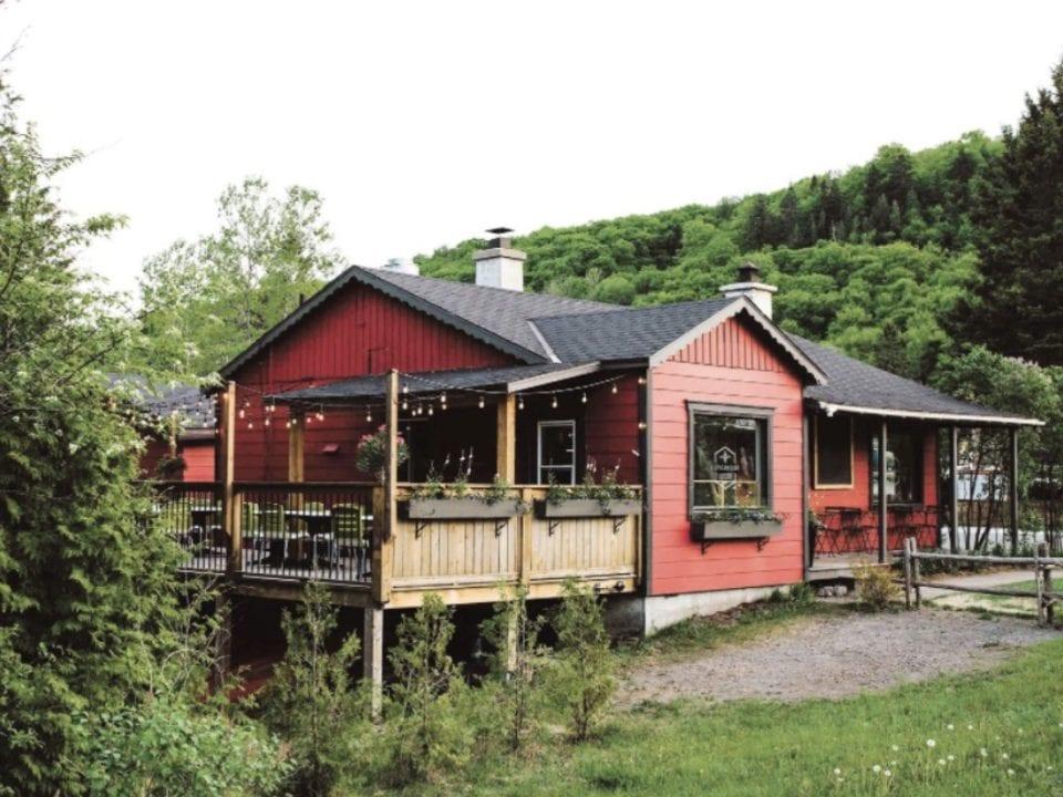 Restaurant alimentation alcool produit du terroir Restaurant L'Épicurieux Val-David Québec Ulocal produit local achat local