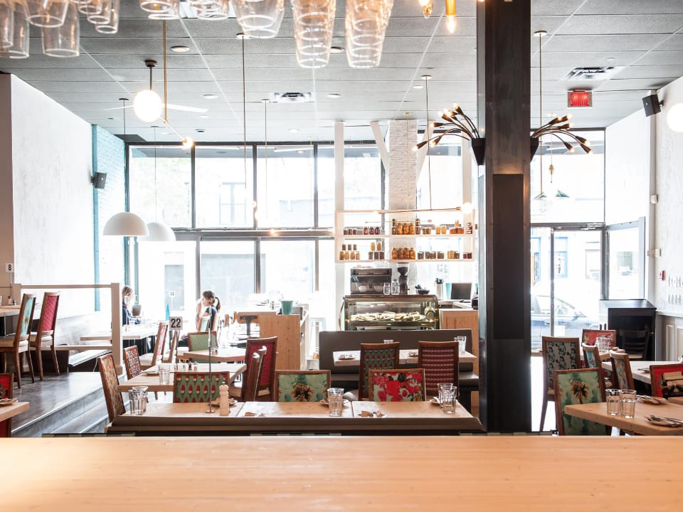 Restaurant alimentation tartare belle ambiance Robin des bois Montréal Québec Ulocal produit local achat local produit terroir