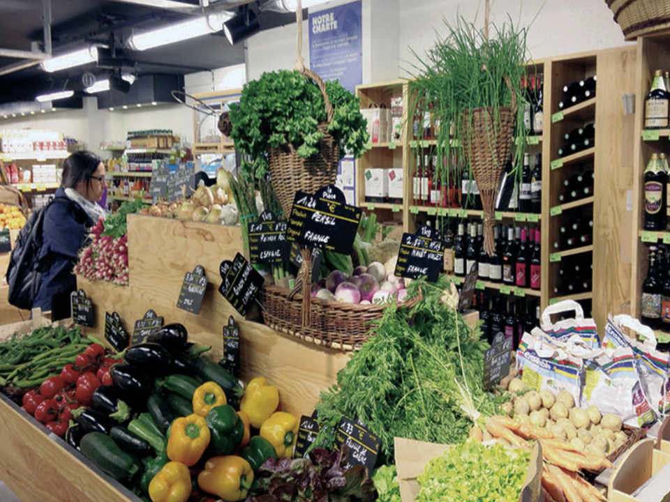 Grocery Local Organic Food Scarab Biocoop Vasselot Brittany France Ulocal Local Product Local Purchase