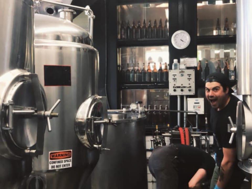 microbrasserie paddy équipement fabrication bière spinnakers gastro brewpub and guesthouses victoria colombie britannique canada ulocal produits locaux achat local produits du terroir locavore touriste