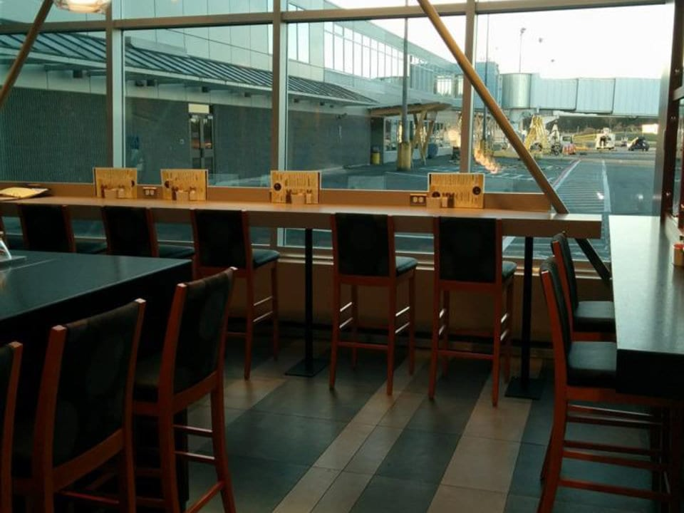 restaurant airport view stools bar spinnakers on the fly sidney british columbia canada ulocal local products local purchase local produce locavore tourist