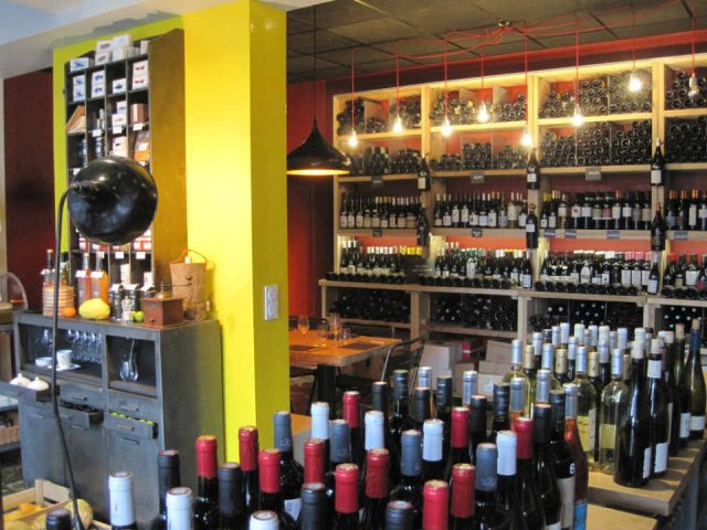 Restaurant wine shop organic delicatessen Wines of Authors Malakoff France Ulocal local product local purchase