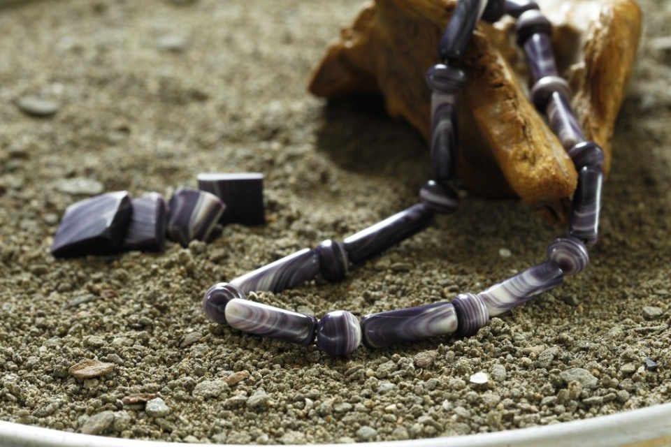 Bijoux et accessoires boutique coquillages Wildabout Wampum Cocagne NB Ulocal produit local achat local