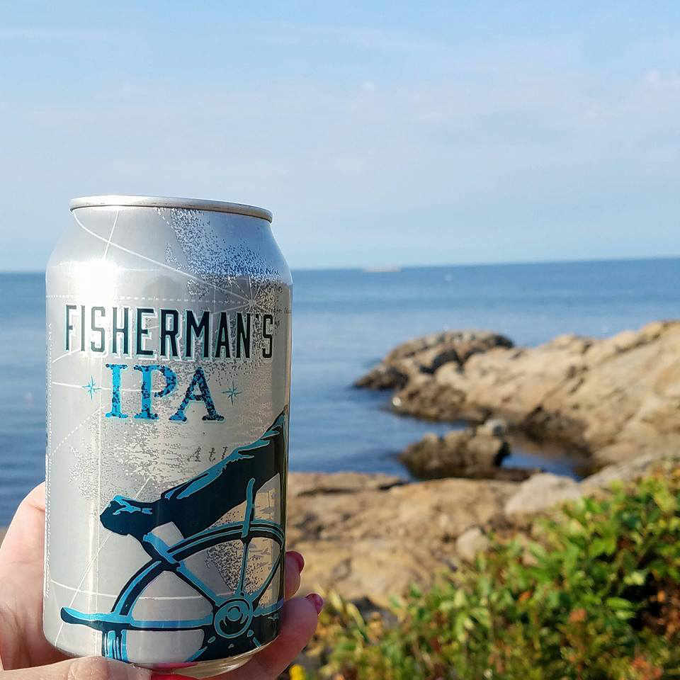 Microbrasserie canette de bière Cape Ann Brewing Company Gloucester Massachussets États-Unis Ulocal produit local achat local