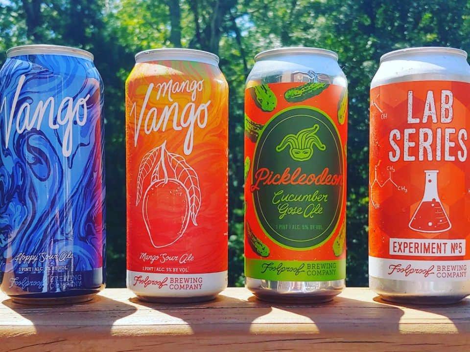 Microbrasserie canettes de bière Foolproof Brewing Company Pawtucket Rhode Island États-Unis Ulocal produit local achat local