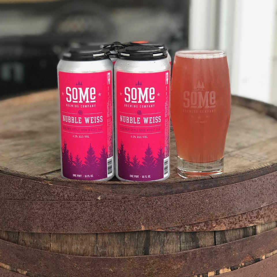 Microbrasserie canettes de bière SoMe Brewing Company York Maine États-Unis Ulocal produit local achat local