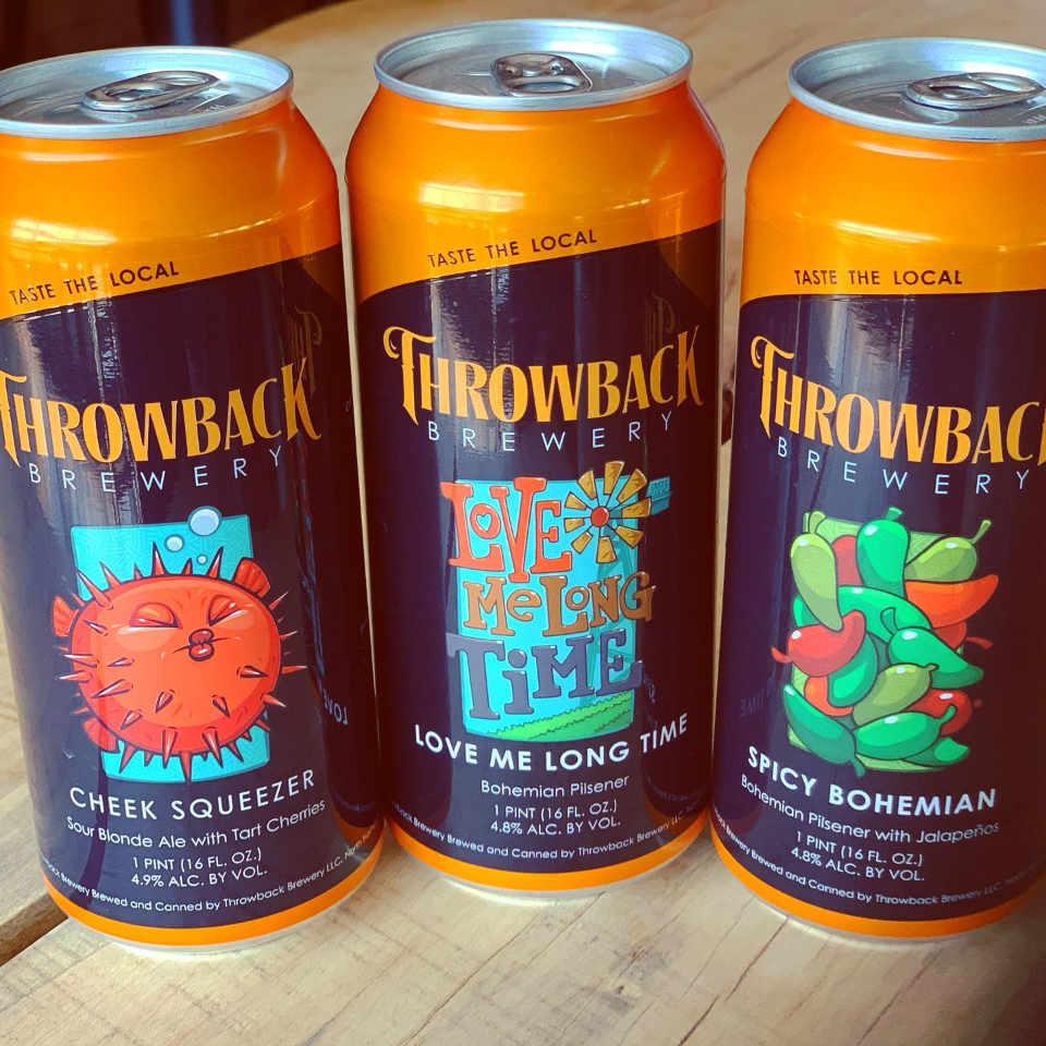 Microbrasserie canettes de bière Throwback Brewery North Hampton New Hampshire États-Unis Ulocal produit local achat local