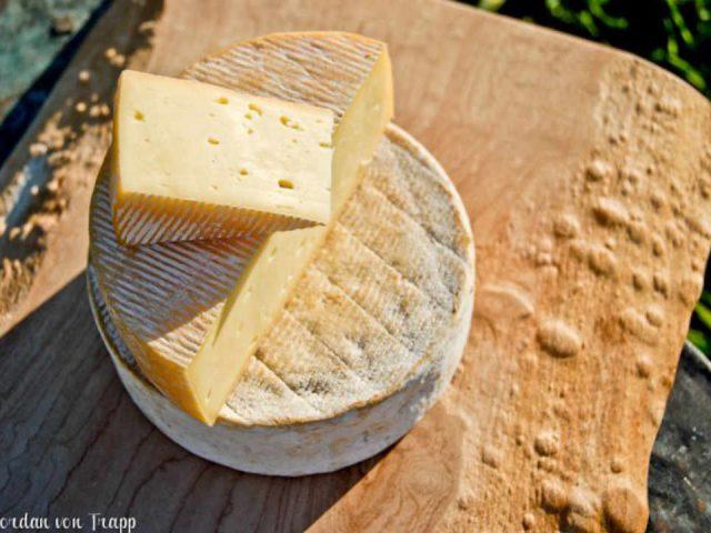 Fromagerie fromage Von Trapp Farmstead Waitsfield Vermont États-Unis Ulocal produit local achat local produit du terroir