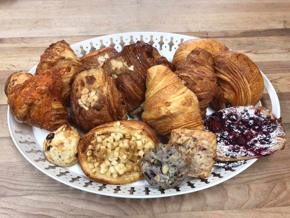 Pastry shop Bakery the batch of Hortensia Sainte-Anne-des-Plaines Quebec Ulocal local product local purchase