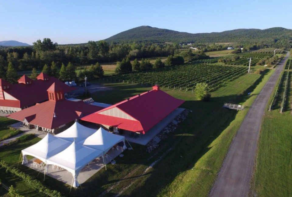 Cidre alcool boutique vignoble Domaine De Lavoie Rougemont Québec Ulocal produit local achat local produit du terroir