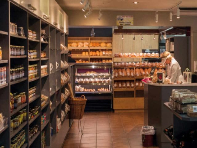 Fromagerie restaurant food shop Fromagerie des Basques Trois-Pistoles Quebec Ulocal local product local purchase local product
