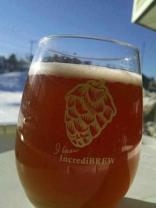 Microbrasserie verre de bière IncrediBREW Nashua New Hampshire États-Unis Ulocal produit local achat local