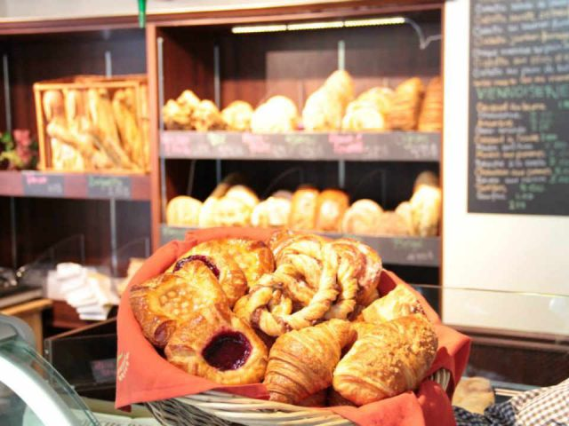 Bakery pastry shop food store Le Garde Manger François Chambly Quebec Ulocal local product local purchase local product