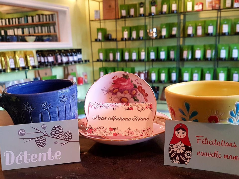 boutique gift idea 3 different cups with tea display stands in the background les zerbes folles sherbrooke quebec canada ulocal local products local purchase local produce locavore tourist