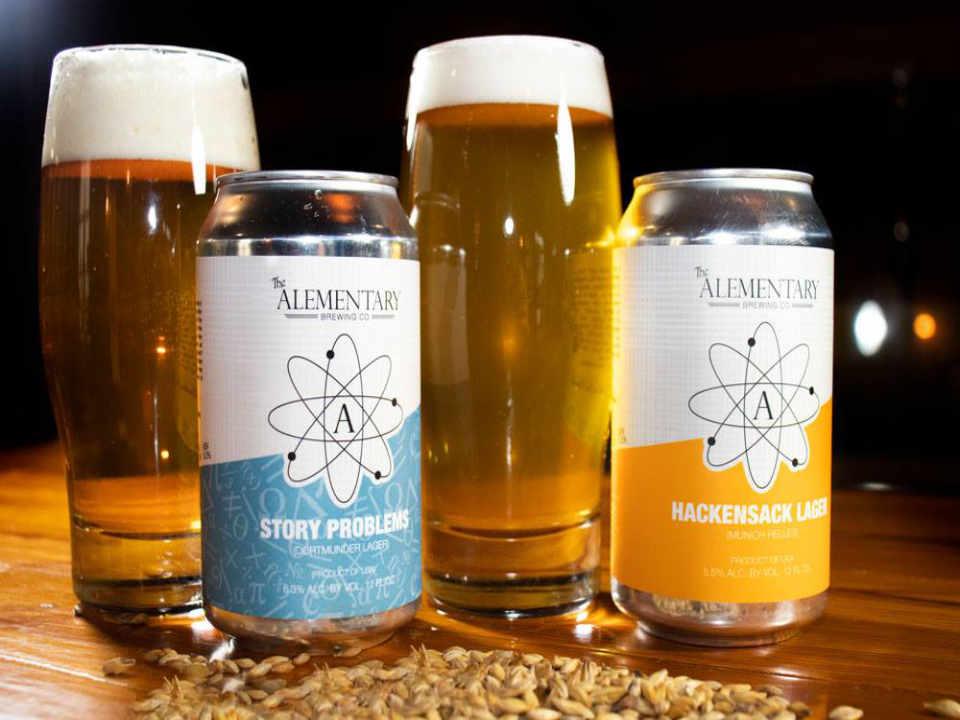 Microbrasserie canettes et verres de bière The Alementary Brewing Co. Hackensack New Jersey États-Unis Ulocal produit local achat local