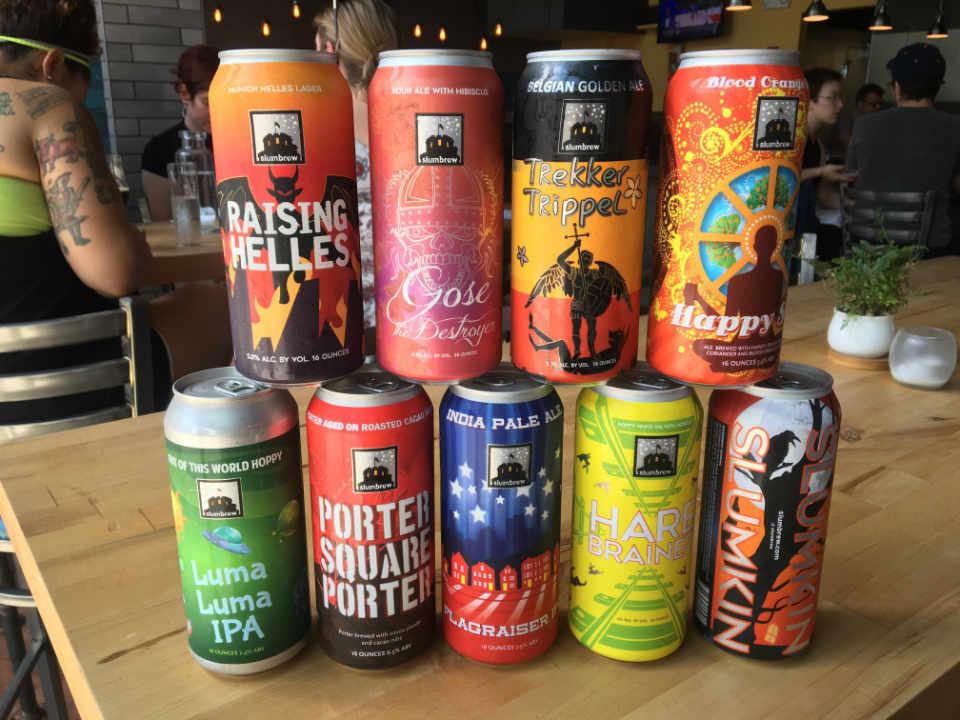 Microbrasserie canettes de bière American Fresh Brewhouse Somerville Massachusetts États-Unis Ulocal produit local achat local
