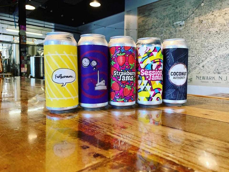 Microbrasserie canettes de bière Brix City Brewing Little Ferry New Jersey États-Unis Ulocal produit local achat local