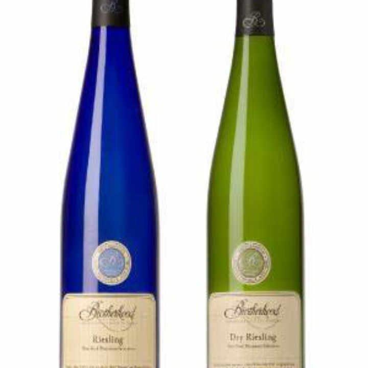Vignoble bouteilles de vin Brotherhood Winery Washingtonville New York États-Unis Ulocal produit local achat local
