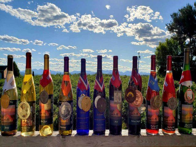 Vignoble bouteilles de vin Charlotte Village Winery Charlotte Vermont États-Unis Ulocal produit local achat local