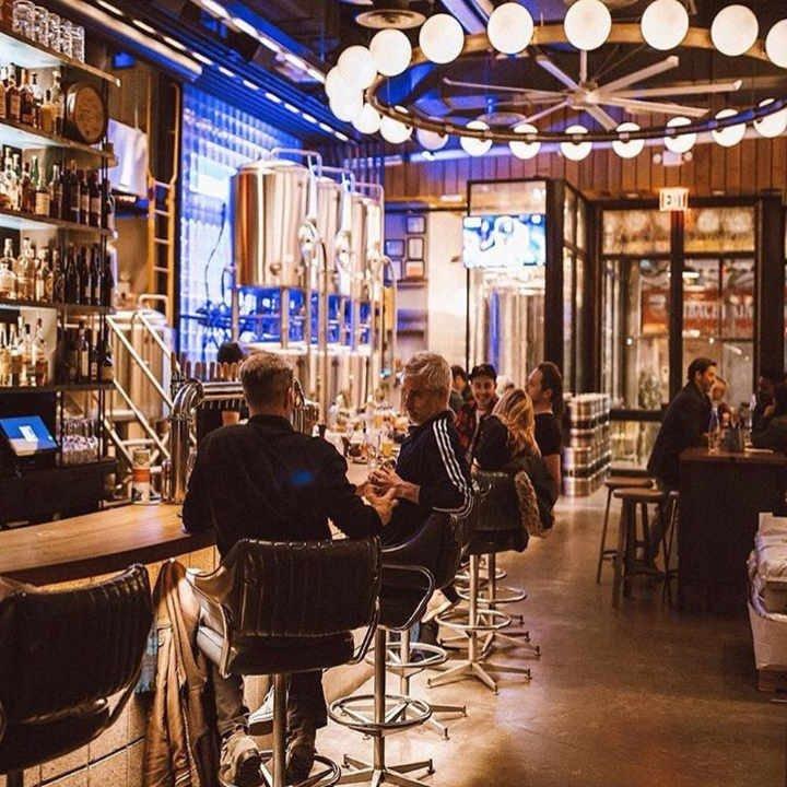 Microbrasserie salle de dégustation Circa Brewing Co. Brooklyn New York États-Unis Ulocal produit local achat local