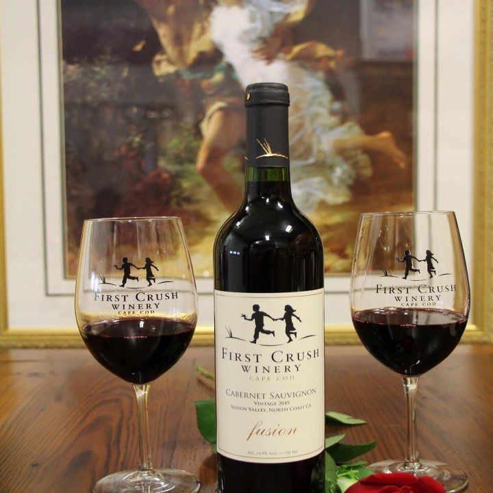 Vignoble bouteille de vin First Crush Winery Harwich Massachussets États-Unis Ulocal produit local achat local
