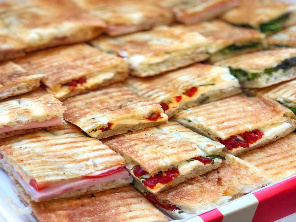 Restaurant panini Mangia New York New York États-Unis Ulocal produit local achat local