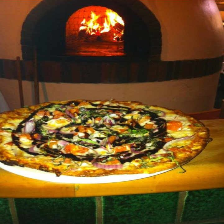 Restaurant pizza Sarducci's Montpelier Vermont USA Ulocal Local Product Local Purchase