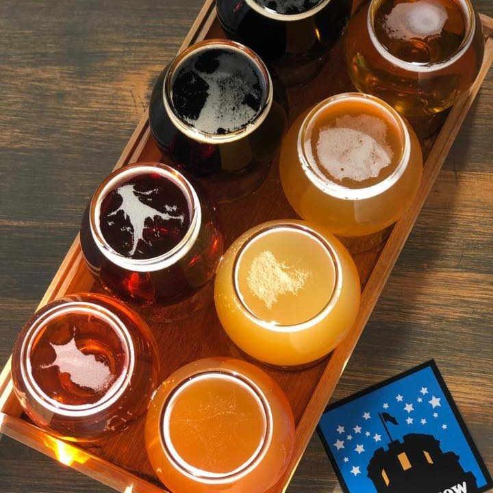Microbrasserie verres de bière Somerville Brewing Somerville Massachusetts États-Unis Ulocal produit local achat local