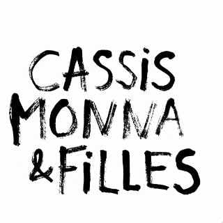Vineyard Cassis Monna & Filles Saint-Pierre alcoholic beverage Quebec Ulocal local produce local purchase local produce