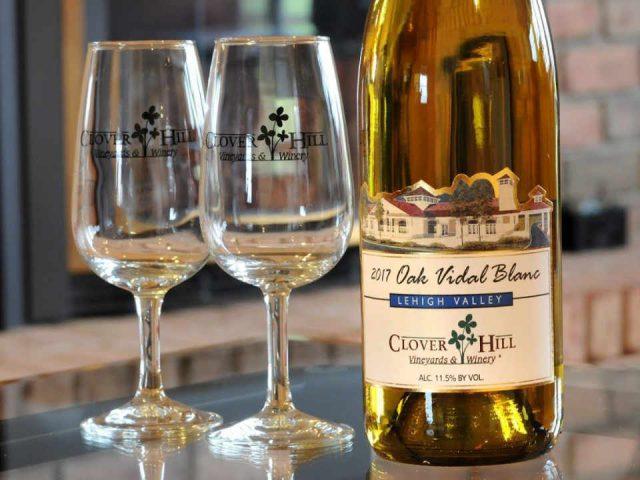 Vignoble bouteille de vin Clover Hill Vineyards & Winery Breinigsville Pennsylvanie États-Unis Ulocal produit local achat local