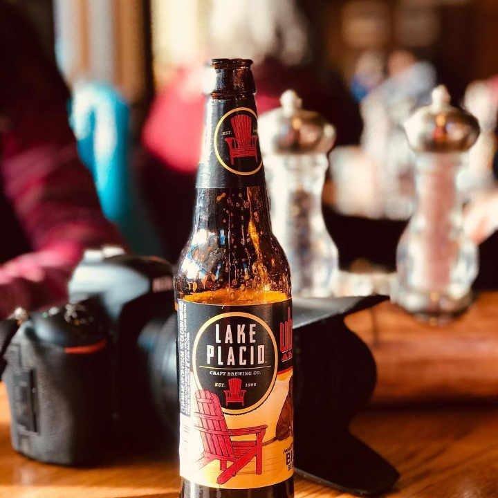 Microbrasserie bouteille de bière Lake Placid Pub & Brewery Lake Placid New York États-Unis Ulocal produit local achat local