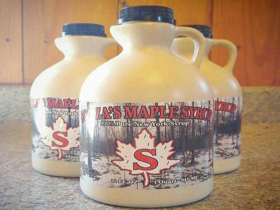 Produce Market Maple Syrup Souzas Farm Stand / Maple House Champlain New York USA Ulocal Local Product Local Purchase