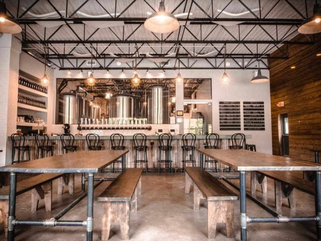 Microbrewery Taproom Woodstock Brewing Phoenicia New York United States Ulocal Local Product Local Purchase