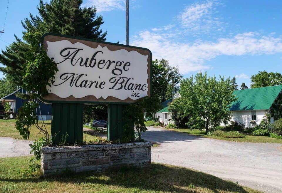 Restaurant alimentation Auberge Marie-Blanc Témiscouata-sur-le-Lac Ulocal produit local achat local produit du terroir