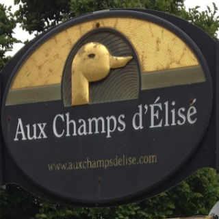 Food shop duck foie gras restaurant Aux champs d'Élise Marieville Quebec ulocal local product local purchase